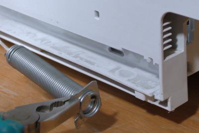 Geschirrspüler Tür fällt runter - Seilzug Reparatursatz einbauen (Bosch / Siemens / Neff)